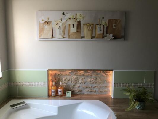 Salle de bain zen verte